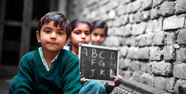 Intia, koulutus, kauppapolitiikka